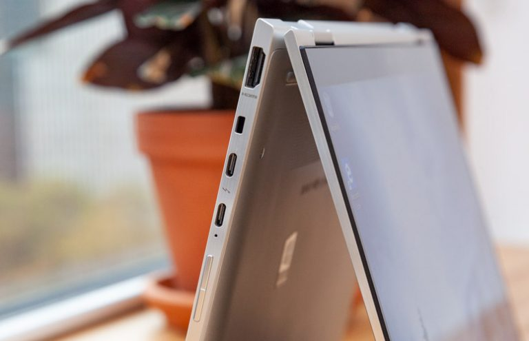 El nuevo EliteBook x360 830 G5 de HP es un elegante 2 en 1 con pantalla cegadora