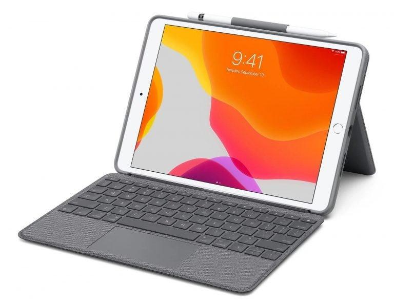 El teclado iPad Logitech con trackpad es la mitad del costo del Magic Keyboard de Apple