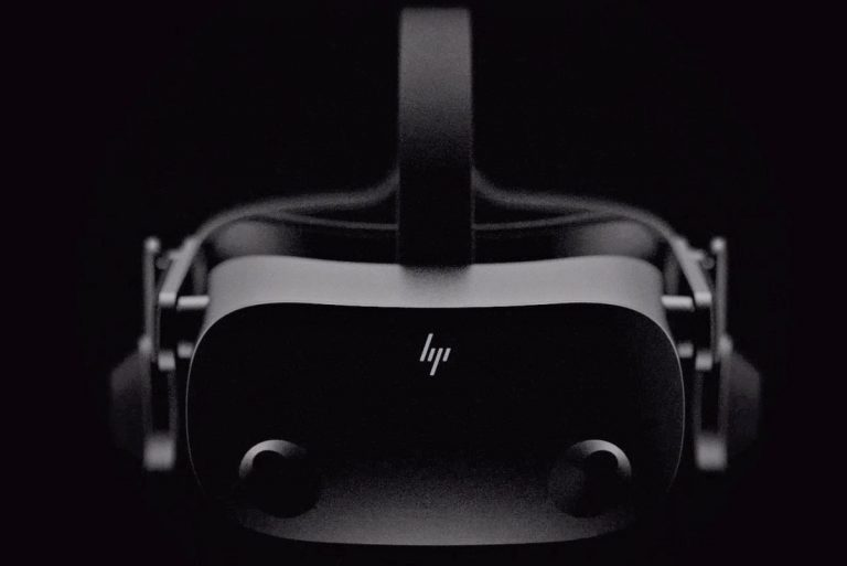 HTC Project Proton es un extraño auricular VR que parece un par de gafas