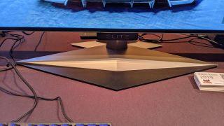 Revisión práctica de ViewSonic Elite XG550: Necesito un monitor de juegos OLED en mi vida