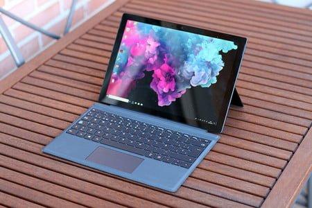 Surface Laptop 2 vs. MacBook Pro: ¿Qué debería comprar?
