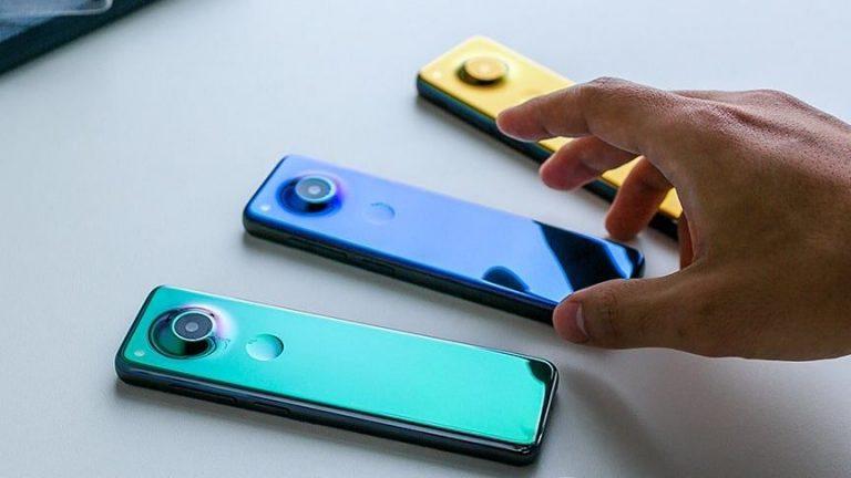 Ninguna marca posee ahora la compañía de teléfonos inteligentes Essential: ¿es este el regreso del teléfono con 'barra de chocolate'?