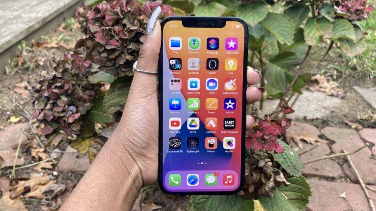 Apple puede tener una solución MagSafe para una batería de corta duración en el iPhone 12