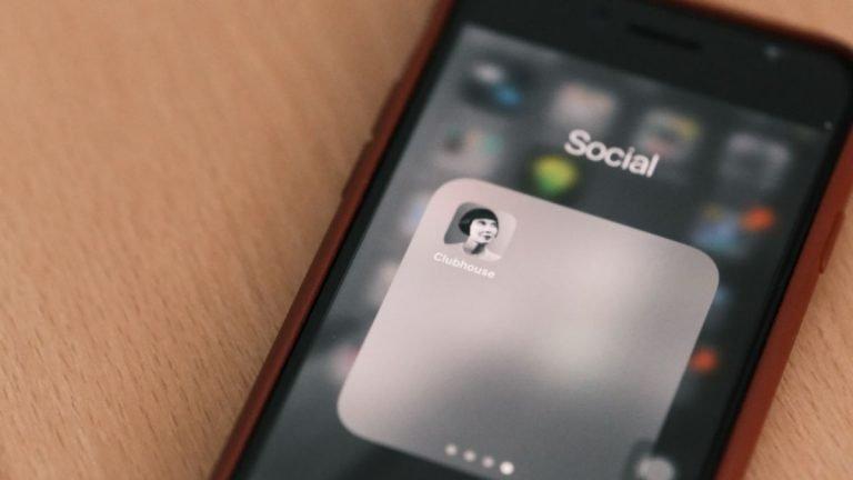 Clubhouse en Android ya está disponible para descargar, pero todavía está disponible solo por invitación