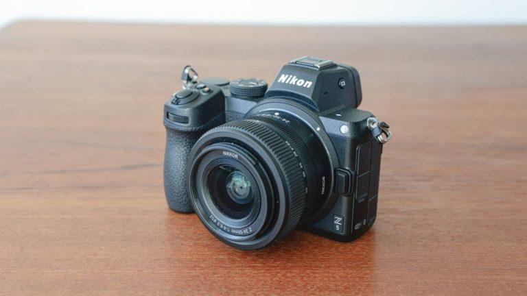 Revisión de Nikon Z5  revista portátil